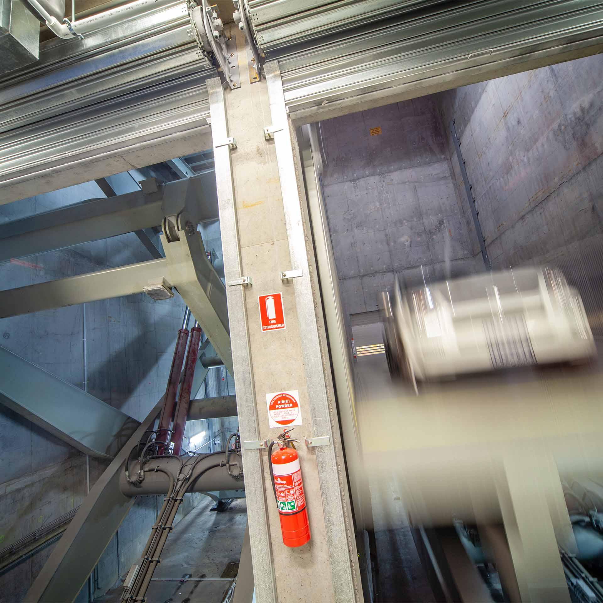 Emporium Vehicle Lift