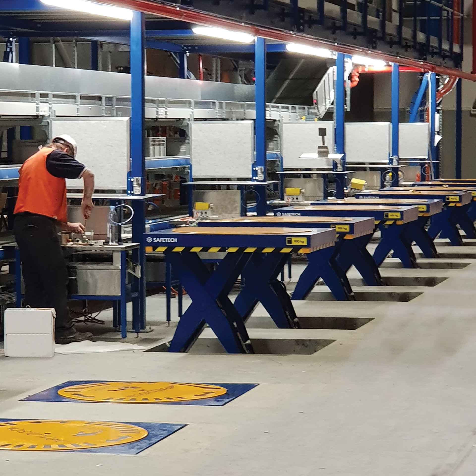 End of line Palletising Tables