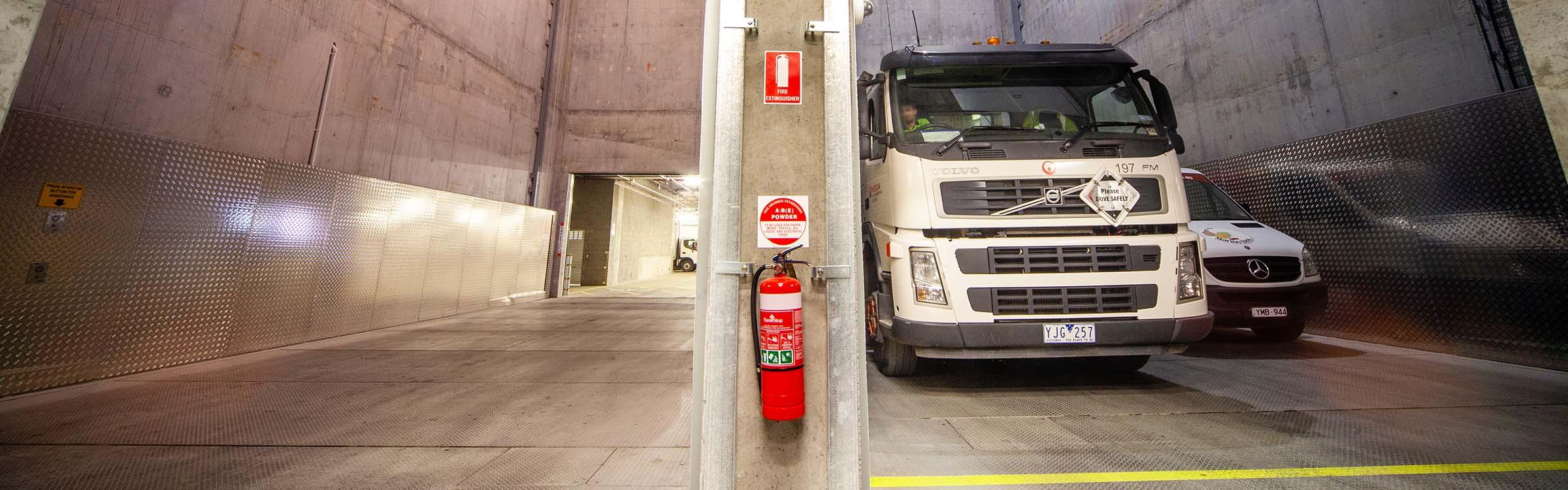 Emporium Heavy Commercial Vehicle Hoist